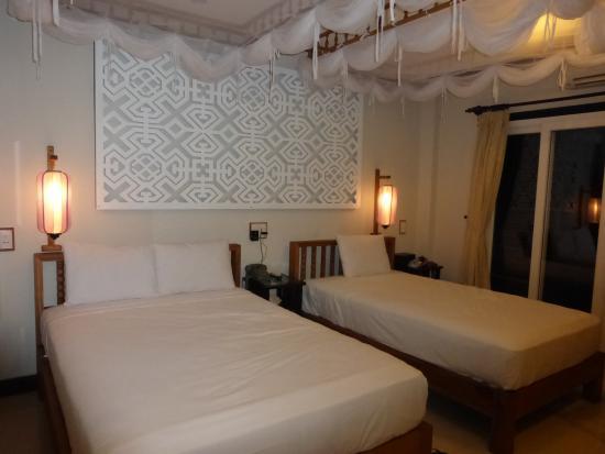 Vinh Hung Library Hotel: 客室 デラックスツイン