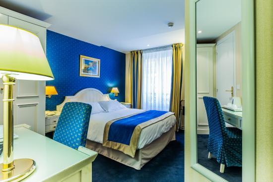 Austin's Arts et Metiers Hotel: Chambre Double Bleu