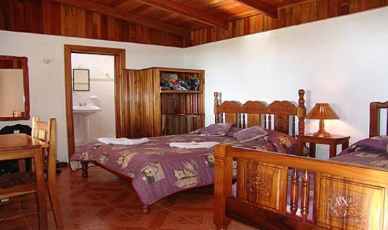 Sunset Hotel Monteverde : Big room