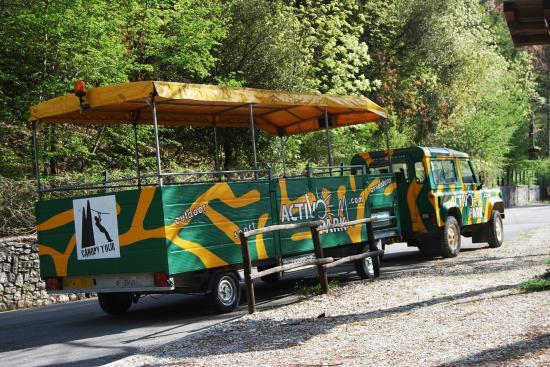 Scheggino, Italy: La jeep e il mitico carrello!