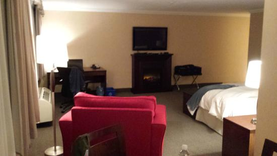 Days Inn and Conference Centre Timmins : Spacious room