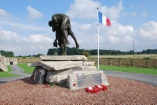 ‪Fromelles and Flanders Battlefield Tours‬
