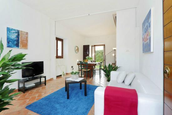 Borgo Papareschi: Living room/Soggiorno