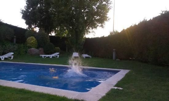 City Park Sant Just: cute pool area