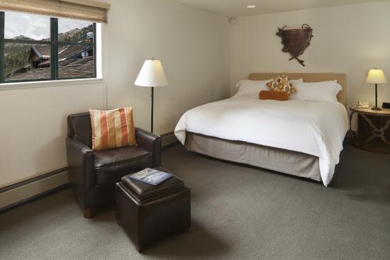 بلامب جاك سكوا فالي إن: Granite Chief Suite Bedroom