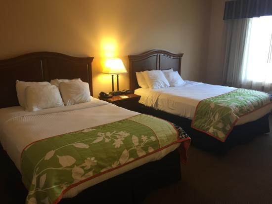 Best Western Resort Hotel & Conference Center: Beds