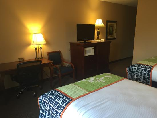 Best Western Resort Hotel & Conference Center: Bedroom