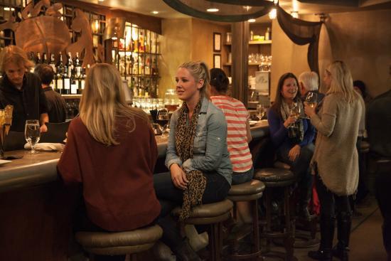 بلامب جاك سكوا فالي إن: PlumpJack Bar