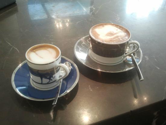 Cafe Trussardi : Cappucchino + double Cappucchino