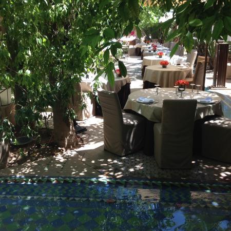 Dar Rhizlane : Beautiful outside dining area