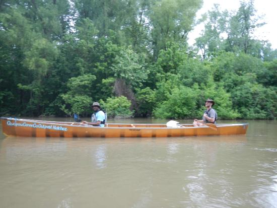Natchez, MS: Adam and his awesome canoe.