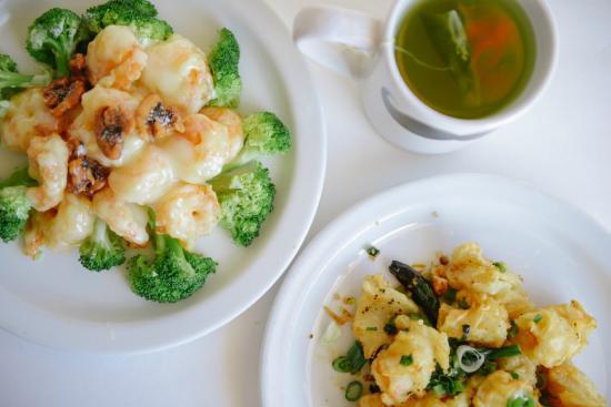 Hoy's Wok Restaurant