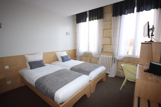 Hotel Des Voyageurs: Chambre double numéro 24
