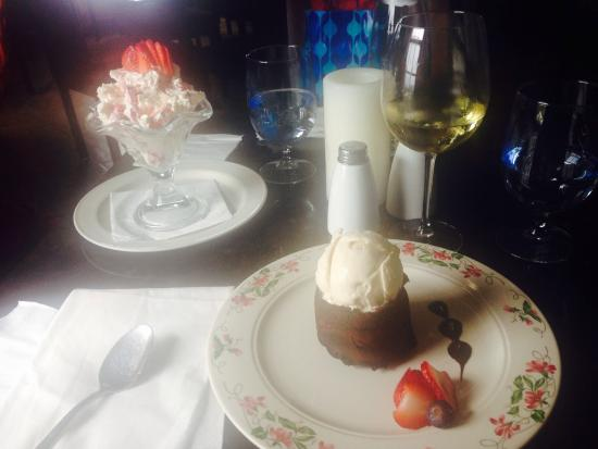 The Dining Room at Gibb's Hill Lighthouse: Delicious desserts