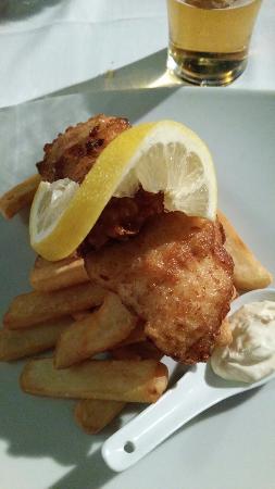 Aidan's Bar & Grill : Fish & Chips