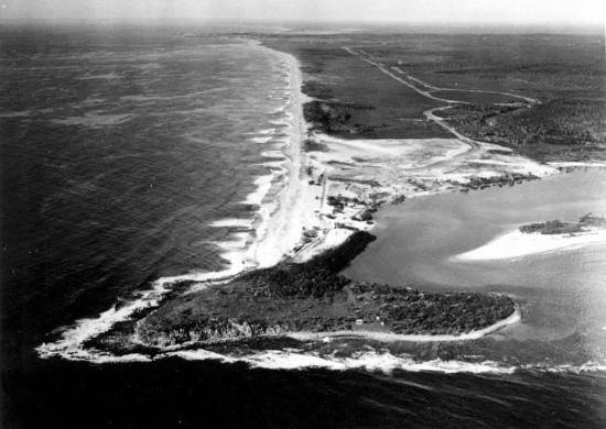 One on LaBalsa : old photo of the point before major urban development in the 60's