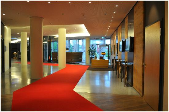 Picture of infinity hotel conference resort for Dolce hotel munich