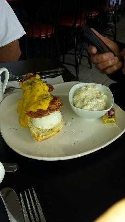 CarWash Cafe and Catering: Eggs Benedict w Soft Shelled Crab & Grits