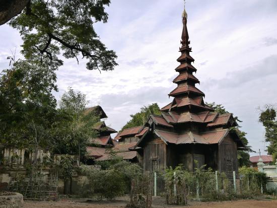 Tingaza Kyaung Monestary