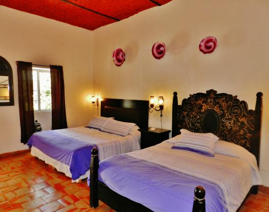 Rosa Morada Hotel Bed & Breakfast