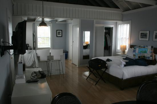 The Cottages at Nantucket Boat Basin: Spacious for two