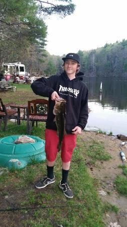 Sturbridge RV Resort: Great fishing!