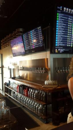 Brews Taphouse and Growler Fills