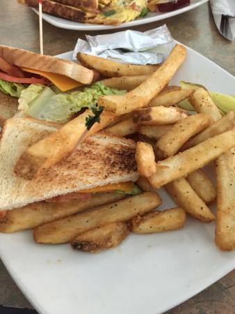 Grenadier Restaurant High Park: photo0.jpg