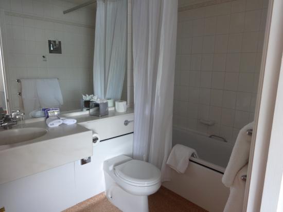 Abbey Hotel: sala de baño espectacular