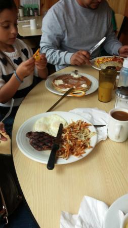Thunderbird Restaurant: Steak