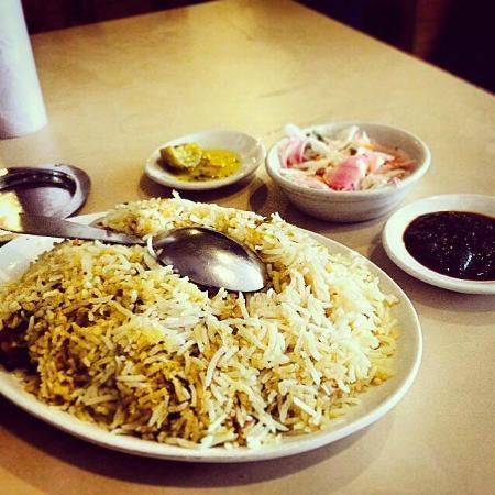 Kayees Rahmathullah Hotel Restaurant : kayees Chicken biriyani # kayees #biriyani #chicken #cochin