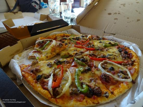 Yellow Cab Pizza: Available for take-away