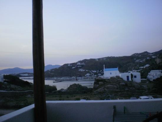 Sahas Studios: panorama dal terrazzo