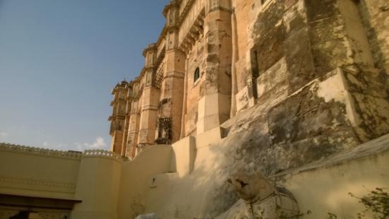 Fateh Prakash Palace: Fort