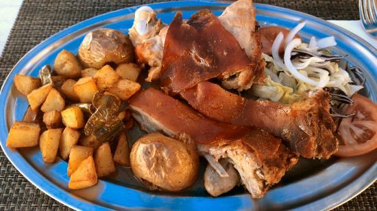 Sirocco: Lechona ...Suckling Pig