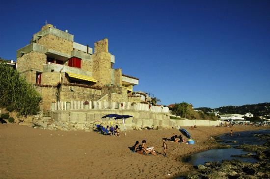 Mariblu B&B : La Villa dalla spiaggia