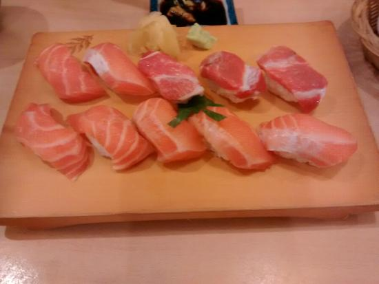 Minoru : Salmon Sushi