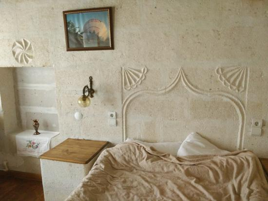Paradise Cave Hotel and Pension: room