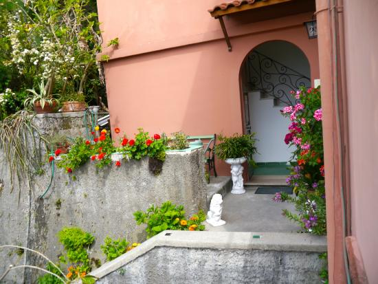 Villa Maria Antonietta : Entrance to Villa Maria Antionetta
