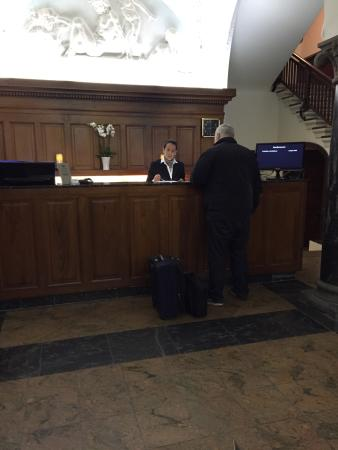 Ascot Hotel: photo0.jpg