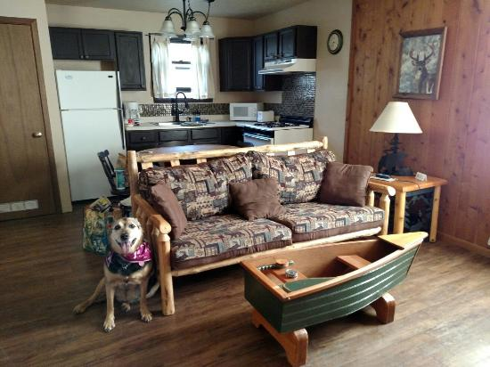 Hilltop cabins: Sunset at Agate Beach.... Cabin nine living room/kitchen area, has two bedrooms