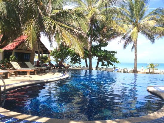 Noble House Beach Resort: Swimming pool