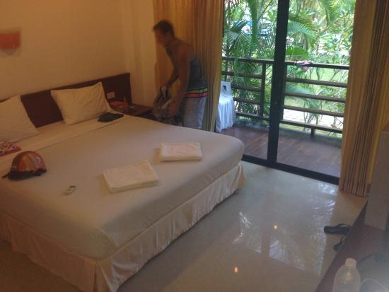 Noble House Beach Resort: Room :)