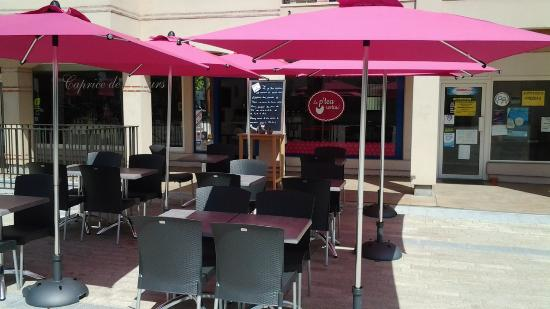 Cafe Restaurant La Mitaine