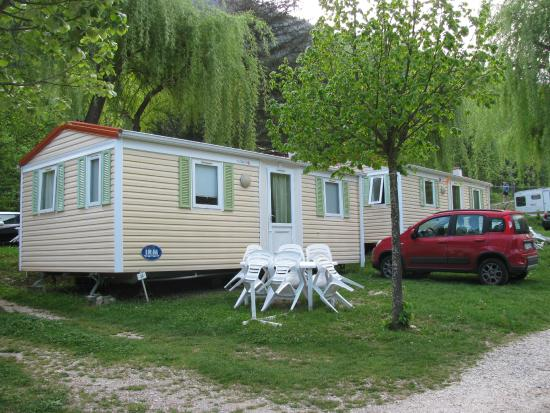Camping la Ferme de Castellane : mobil home