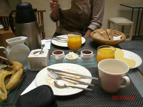 Riad Dar More: pan casero, mermeladas caseras, sencillo pero muy rico