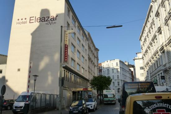 Novum Hotel Eleazar Hamburg City Center: Die Bremer Reihe ist quirlig, lebhaft, manchmal voll