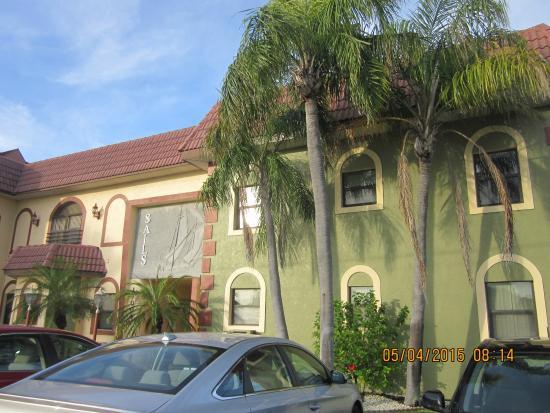 Sails Resort Apartment Motel North Redington Beach Fl