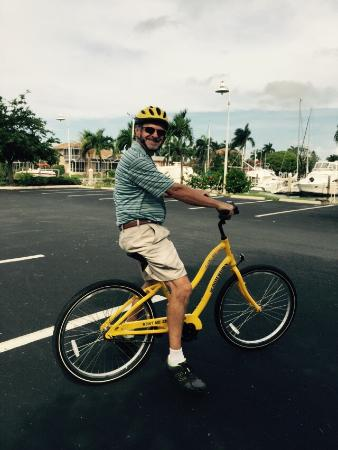 Marco Island Marina: Bike rental from Island Bike Shop
