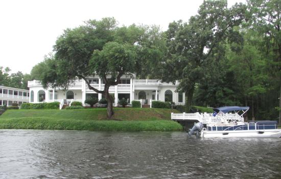 Plantation River Tours: pretty